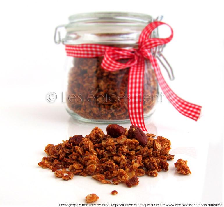 Granola maison aux noix de Pécan et sirop d'érable
